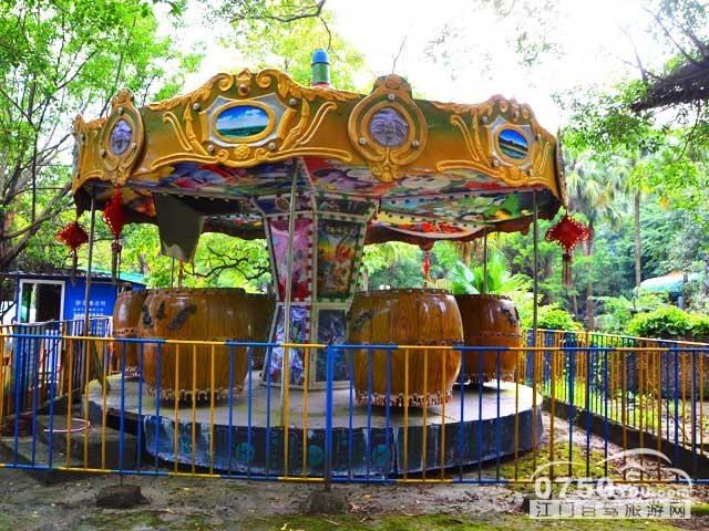 梁金山公园自驾游推荐: 推荐1:梁金山公园是开平市最大的休闲公园