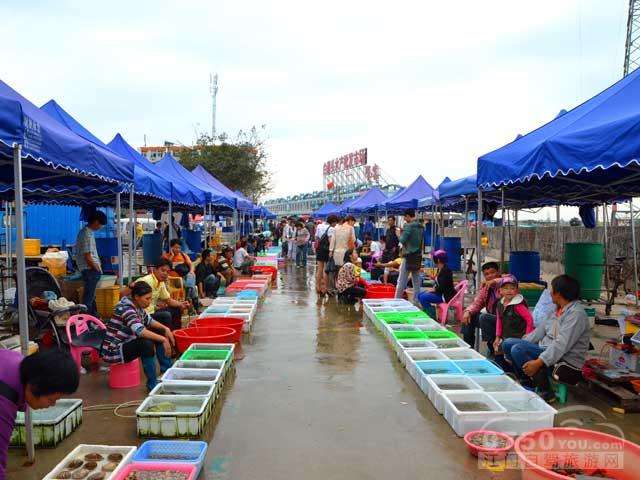 推荐1:白藤头水产批发市场是买海鲜最便的地方