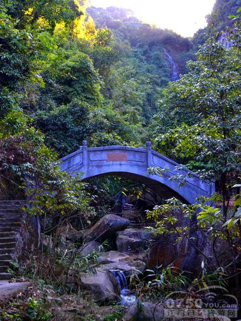 奇石河风景区
